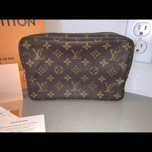 Authentic Louis Vuitton trousse 23 clutch case bag